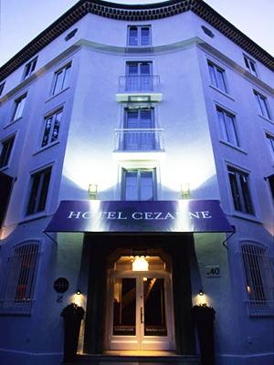 image_hotel_exterior_frontview_2.jpg